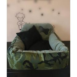 Luxusní autosedačka pro psa - růžová s puntíkem